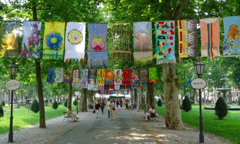 Međunarodni festival umjetničkih zastavica, dio likovnog programa uličnog festivala Cest is d'Best (tema HIPPY), Zagreb, 2017