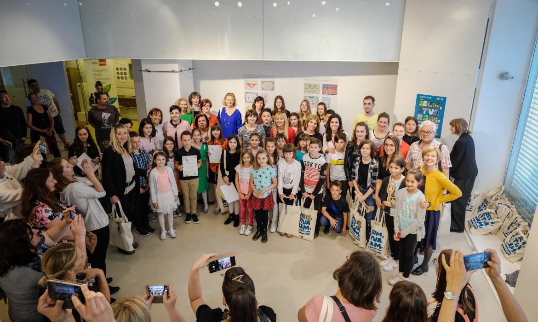Nagrađeni učenici i mentori na likovnom natječaju ŽELIM, STVARAM, OBLIKUJEM