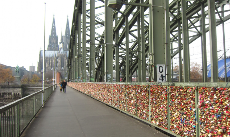 Pogled na katedralu u Koelnu