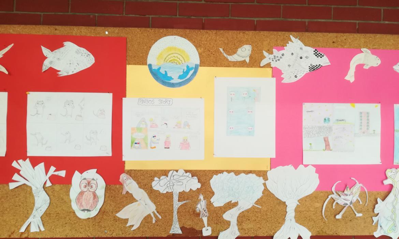 Školski pano za prvi dan škole, radovi na temu kratkog stripa s redefiniranim učeničkim radovima