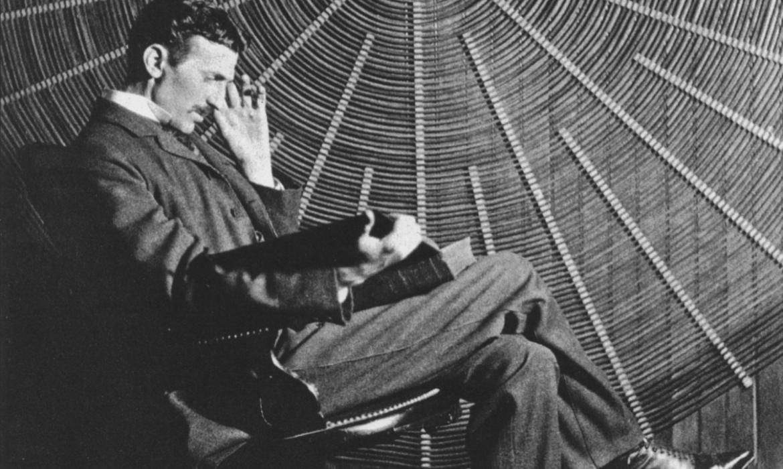 Tesla u svom laboratoriju u New Yorku 1896. godine
